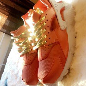 Custom ROSE GOLD Nike Huarache
